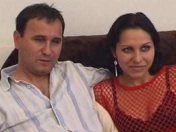 Erika y David protagonizan un nuevo video de parejitas que acaba de orgia