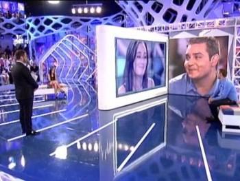 Escándalo en Tele5 !!. Cariño, hay una cosa que te quiero decir: te los he vuelto a poner.